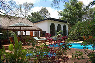 Karen blixen cottages 02
