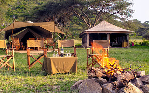 Serengeti mobile safari camps 01