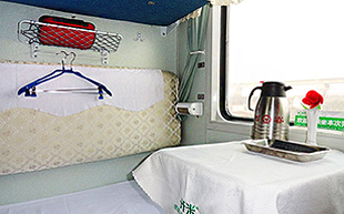 Dunhuang turfan sleeper train 02