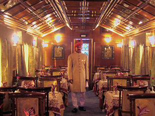 Palace on wheels 02