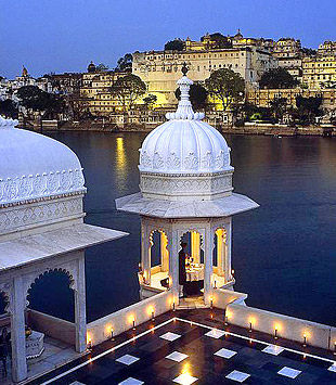 Taj lake palace 06