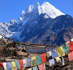 Everest mountain lodges 06