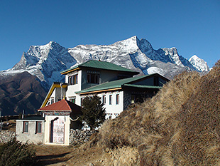 Everest sherpa resort syangboche 01