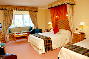 Benners hotel dingle 01