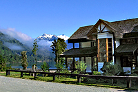 Lago Yelcho Lodge