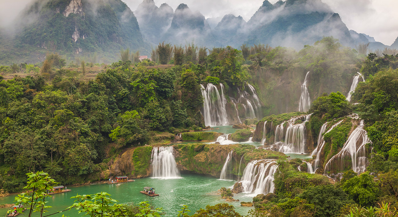 china vietnam ban gioc detian waterfall