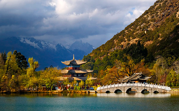 china lijiang temple bridge lake