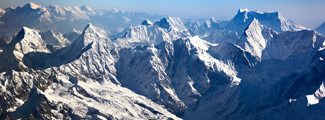 everest flying views himalaya