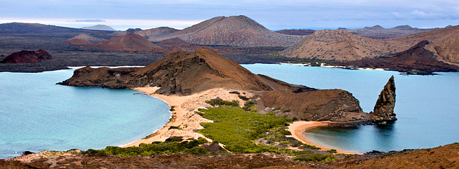 bartolome galapagos islands ecuador pinnacle rock